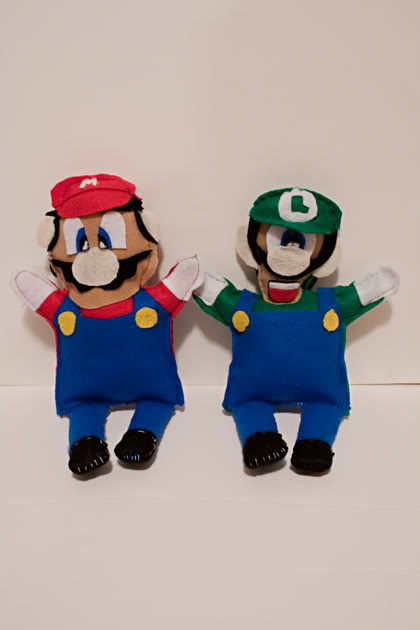 Mario and Luigi felt softies | Making the World Cuter