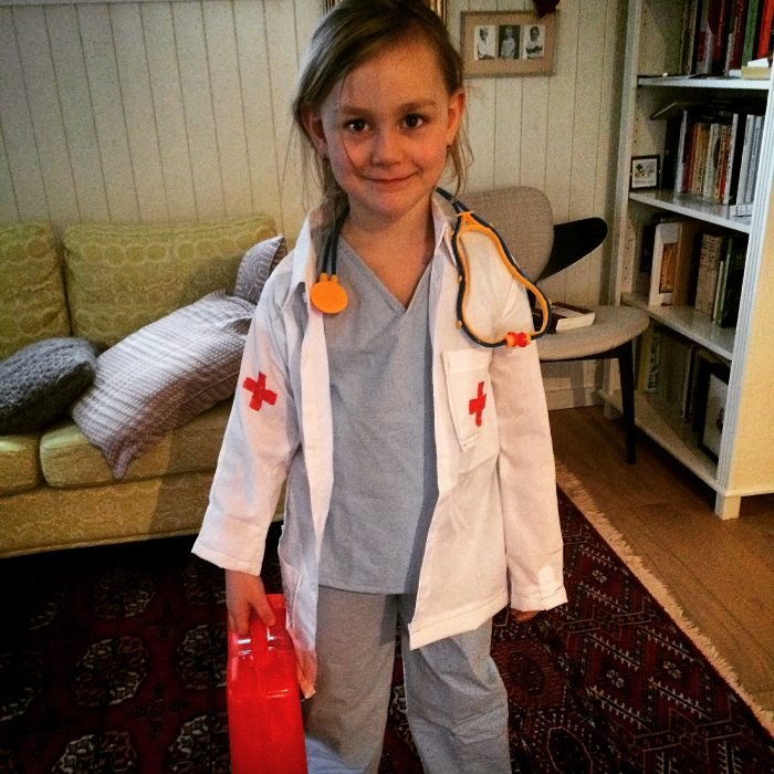 Diy childrens doctor costume childrens doctor costume diy doc mcstuffins solutioingenieria Gallery