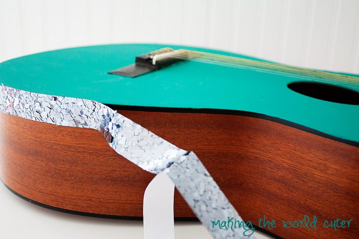 makingtheworldcuter.com DIY Sparkly Guitar. How to paint and bling out an acoustic guitar. I want to do this!