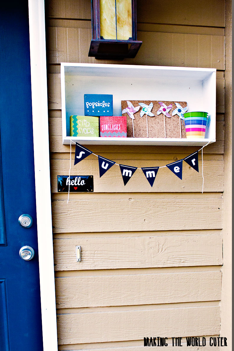 Summer Porch Decor Box, Decorate it like a mantle for every season or holiday. LOVE this idea!