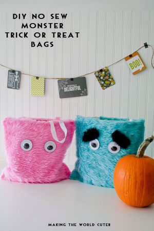 DIY No Sew Monster Trick or Treat Bags! Eeeek! These are so cute!