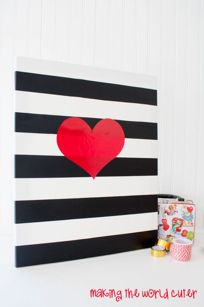 http://makingtheworldcuter.com/wp-content/uploads/2015/01/Black-White-and-Red-Heart-Canvas-700x1050.jpg