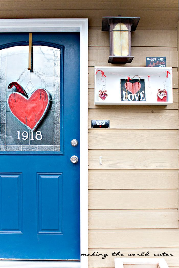 http://makingtheworldcuter.com/wp-content/uploads/2015/02/Valentine-Porch-and-Wreath-700x1050.jpg