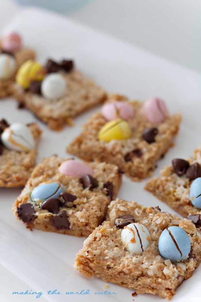Cadbury Mini Eggs Magic Cookie Bars Recipe for a super yummy Easter dessert! These are amazing, and the crust is just ritz crackers and sweetened condensed milk! 5 ingredients!