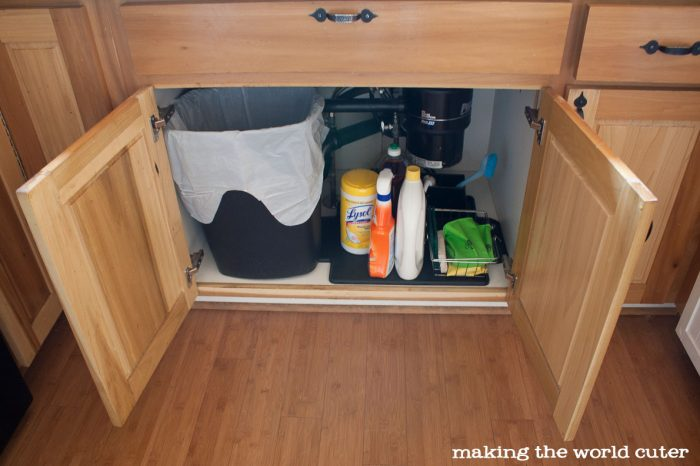 Kitchen Sink Organizer Ideas from Making the World Cuter