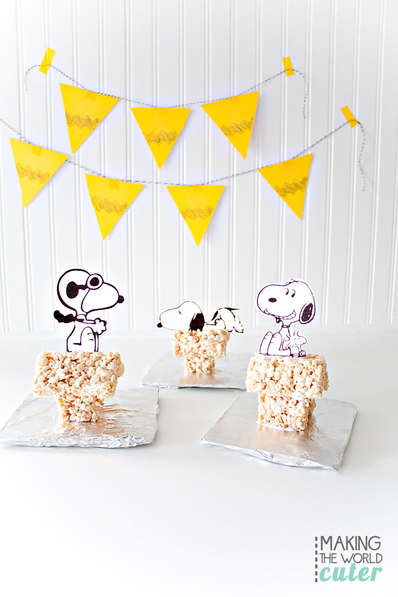 Adorable Peanuts Inspired Rice Krispies Treat Snoopy House with printable clipart. Fun to make for a movie night or birthday party!