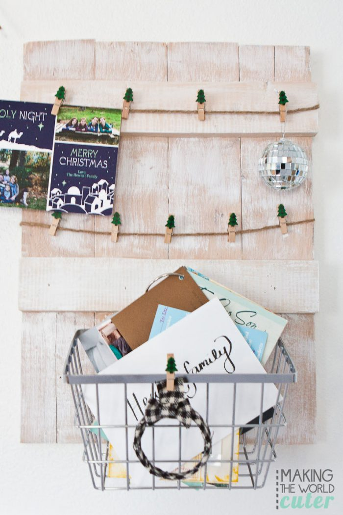 Christmas-Card-Holder