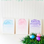 Watercolor Resist Easter Egg Canvases. Super easy, even if you don't have any painting skills! Perfect project to do with kids!