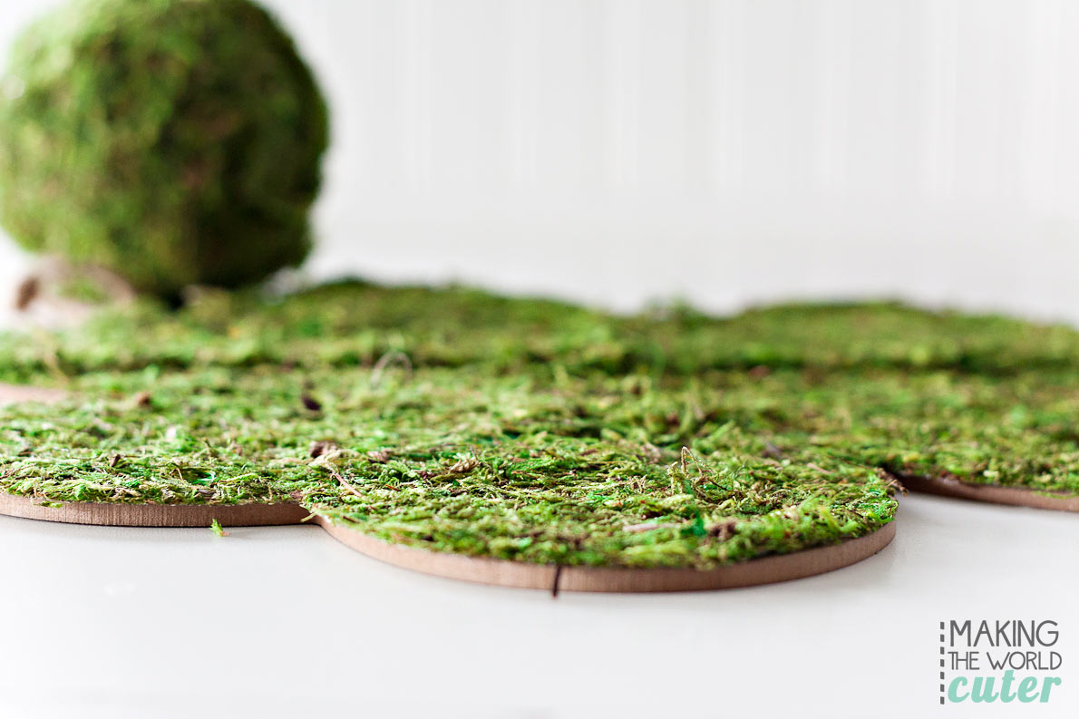 DIY Shamrock covered in moss. Easy St. Patrick's Day craft for a cute wreath, door hanging or for cute mantel decor.