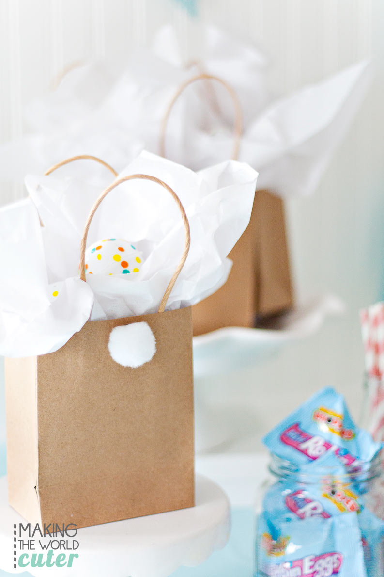 DIY Easter Bunny Gift Bags, super easy and cute for class parties, egg hunts and friend gifts.