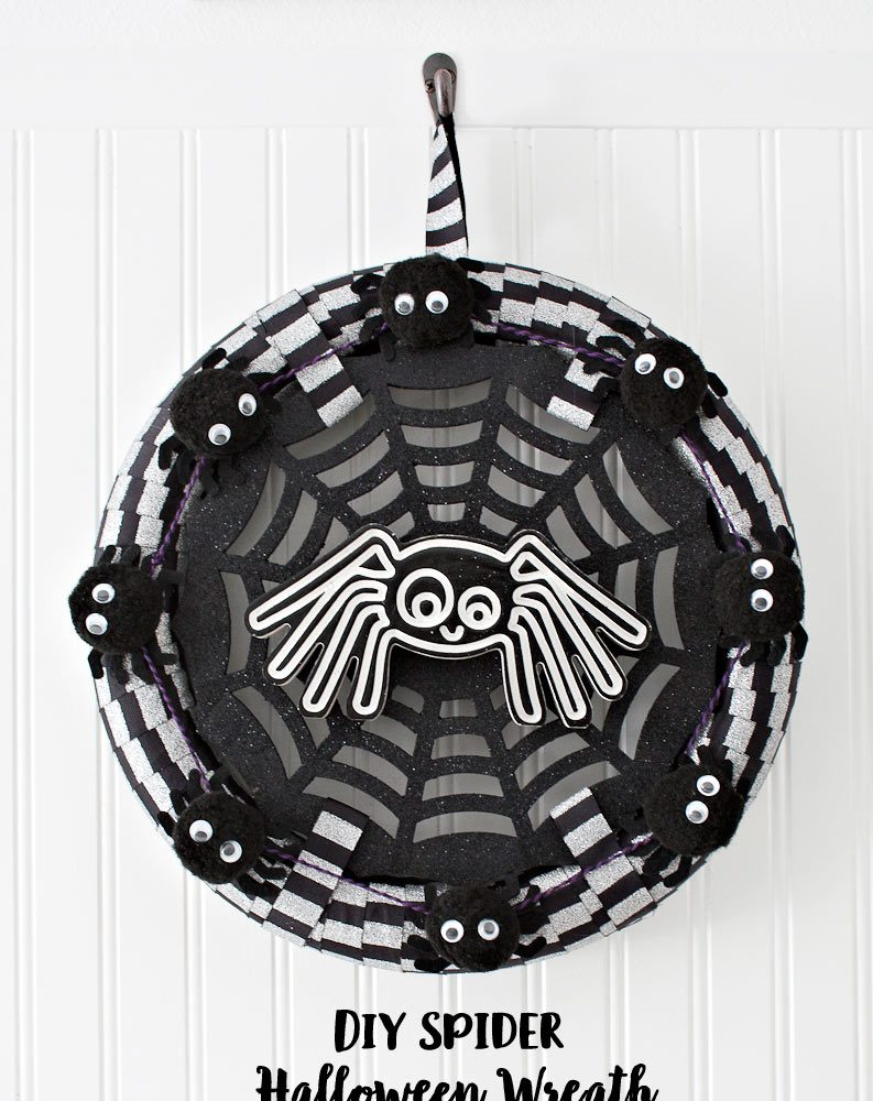 DIY Spider Halloween Wreath