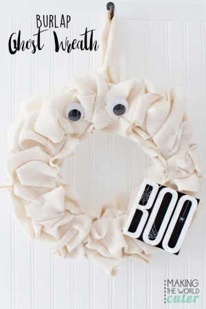Burlap Ghost Halloween Wreath, easy and oh so cute!