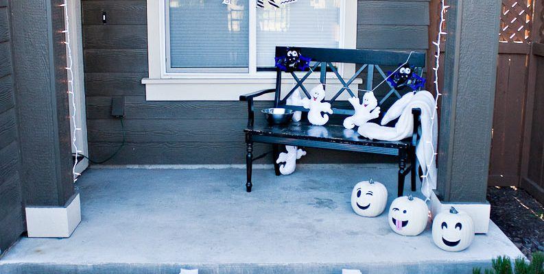 Halloween Porch Decor Kid Friendly