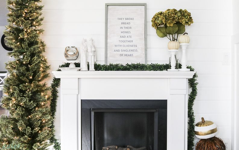 Thanksgiving Mantel Decorations You Don't Want to Miss