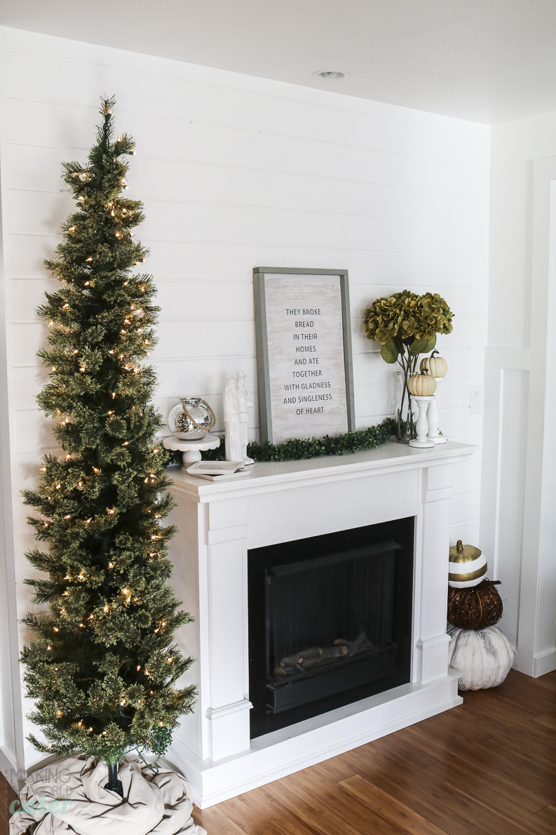 thanksgiving manteThanksgiving Mantel Decorations and fall home tour of Making the World Cuter's Housel