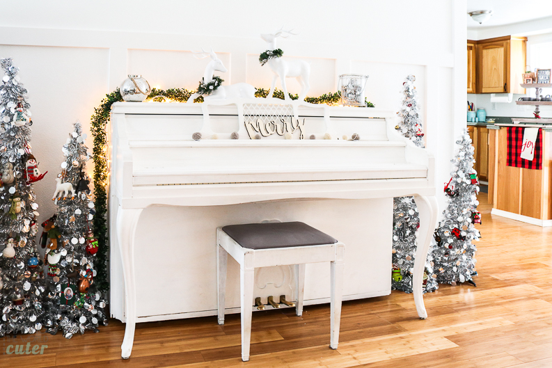 2016 Making the World Cuter Christmas Housewalk Holiday Tour. Cute Christmas Mantel with Nativity, Piano Decor, Red and White Christmas tree, 25 days of Christ, Hot Cocoa Bar and more!