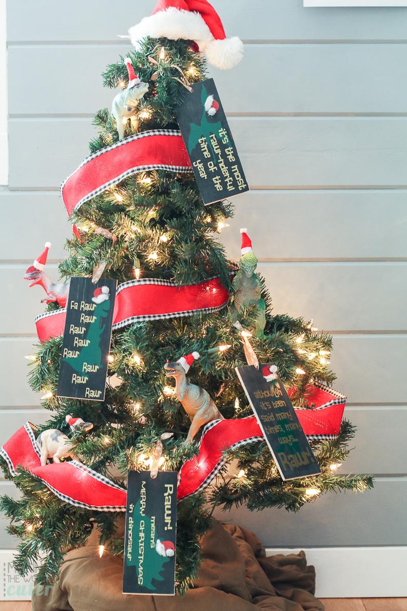 Dinosaur christmas ornaments - Dinosaur Christmas Tree