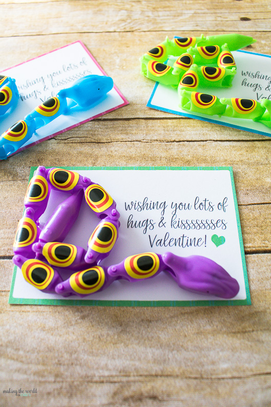 Free Printable Snake Valentine Cards with cute bendy snakes! Perfect for kindergarten class or preschool valentines!