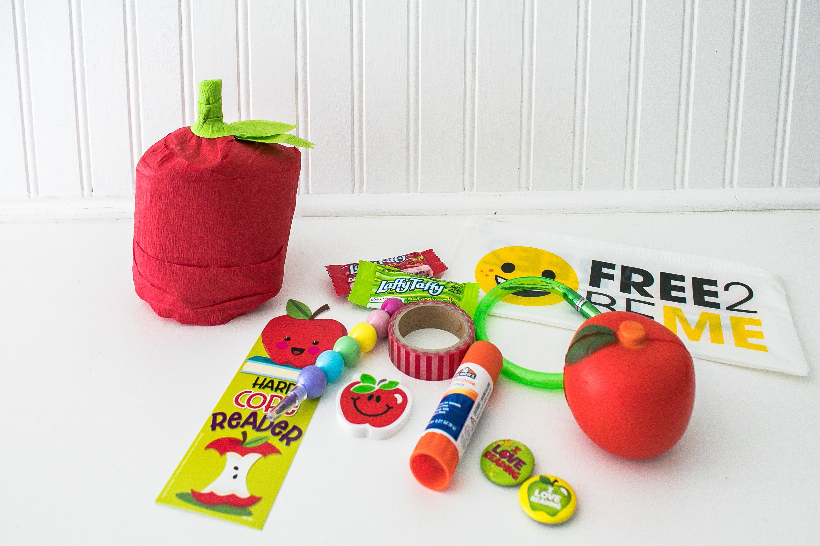 Apple Back to School Surprise Ball
